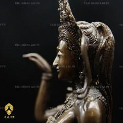 龍普宏/龍婆孔-幽雅招財女神-2555年